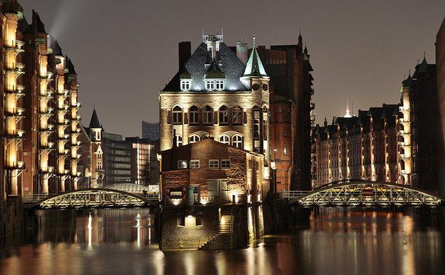 Miniatur Wunderland and the Historic Port of Hamburg