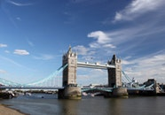 tower-bridge-thames-river-water-161990.jpeg